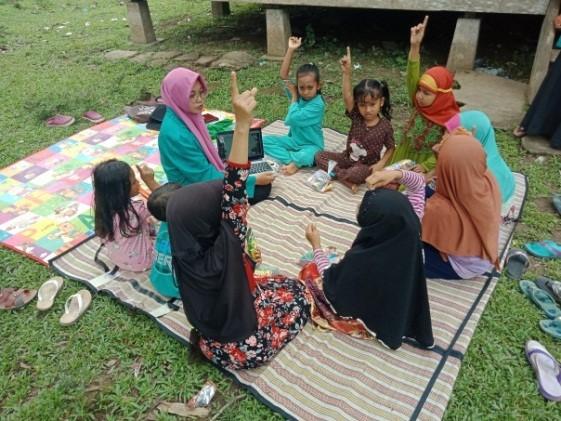 Penyuluhan Penggunaan Tanaman Obat Tradisional Kepada Anak Anak Gampong Babah Ceupan Oleh Ardawalis Atika Kelompok 024 Kkn Unsyiah 2018 Kabupaten Aceh Jaya