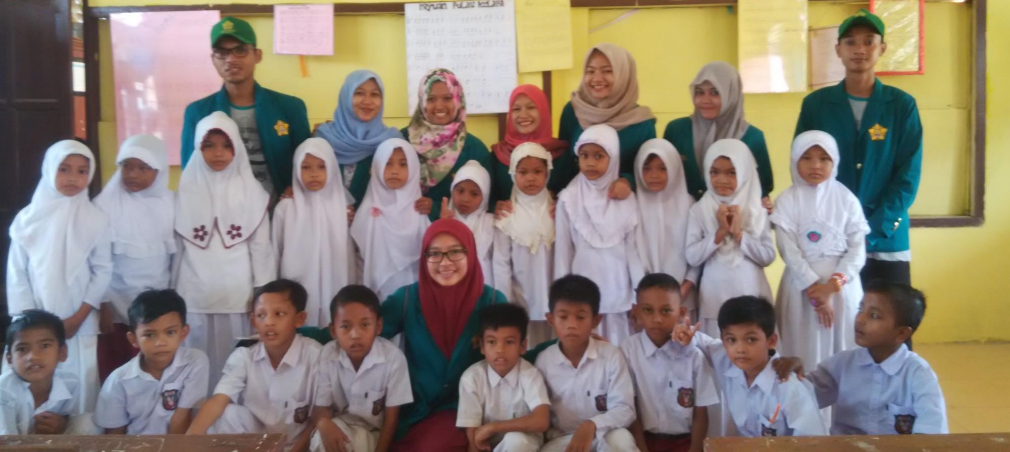 Kelompok KKN Unsyiah Periode XI Juli 2016 Gampong Kuta Blang Kecamatan Idi Rayeuk Kabupaten Aceh Timur